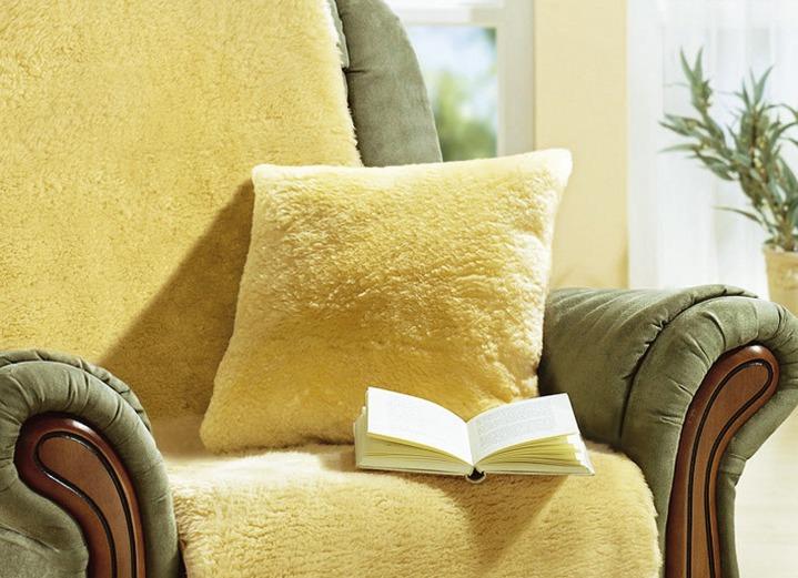 fellkissen wohnaccessoires brigitte salzburg. Black Bedroom Furniture Sets. Home Design Ideas