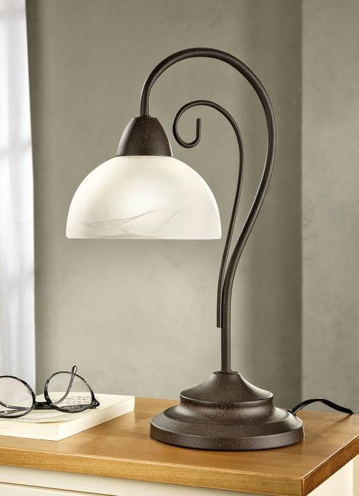 Tischleuchte Mit Gestell Aus Antik Rostfarbenem Metall Lampen