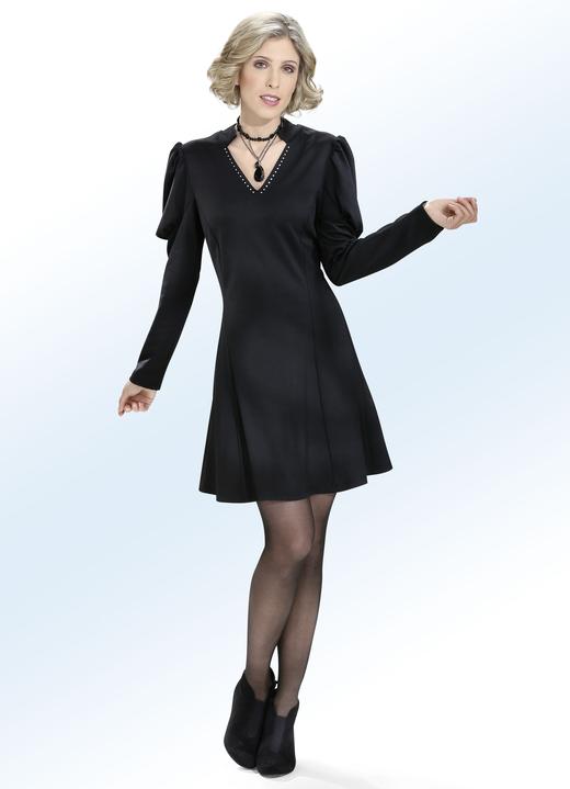 kleid mit v-ausschnitt - damen | brigitte salzburg