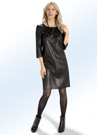 Kleid in Schlupfform
